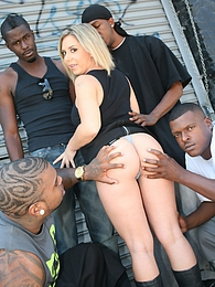 Big tits blond Allie Foster 4-on-1 interracial gangbang pictures at freekilomovies.com