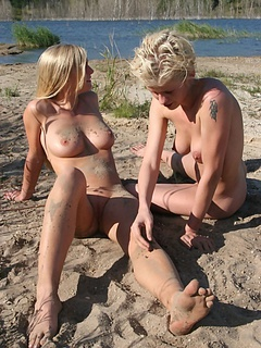 Free Beach Sex Pictures and Free Beach Sex Movies