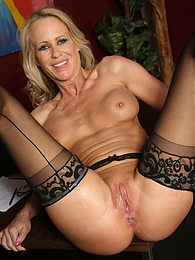 Simone Sonay pictures at freekilosex.com