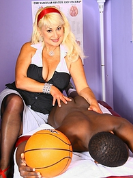 Blonde Cougar MILF Dana Hayes picks up and fucks young black pictures at freekilomovies.com
