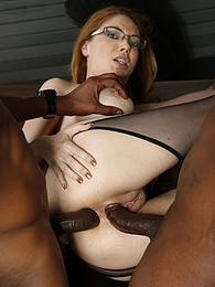 Kiki Daire pictures at dailyadult.info