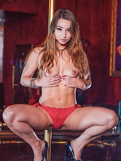 Free Striptease Sex Pictures and Free Striptease Porn Movies