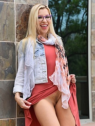 Sexy Spectacle pictures at find-best-mature.com