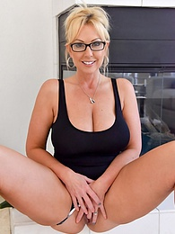 Alysha Go Big Or Go Home pictures at kilovideos.com