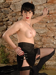 Amazing tranny MILF Joanna jerking off pictures at find-best-lingerie.com