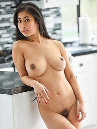 Nudes In The Kitchen pictures at freekilosex.com