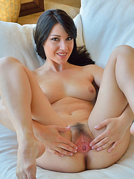 Shaving It Clean pictures at find-best-lesbians.com