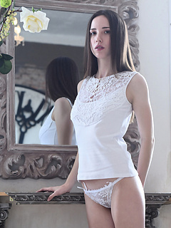 Free Lingerie Sex Pictures and Free Lingerie Porn Movies