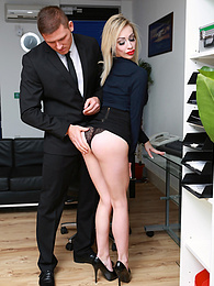 Busty Blonde Milf Chessie Kay Gets Nailed in the Office pictures at freekilosex.com