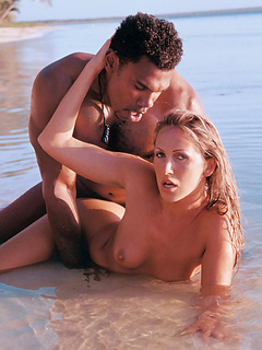 Free Beach Sex Movies and Free Beach Sex Pictures