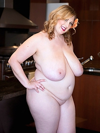Kitchen Spread pictures at find-best-tits.com