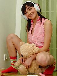 Brunette blister often spends many hours posing nude at home and enjoying each second of doing it. pictures