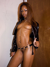 Sexy Ebony Marie Luv is Double-Penetrated by Two White Cocks pictures at freekiloclips.com