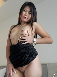 Experienced Asian MILF unleashes her body and turns into a 30-minute whore pictures at freekilomovies.com