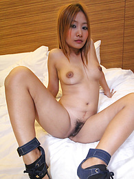 Slutty Thai bargirl gives lucky tourist a wild ride pictures at find-best-panties.com