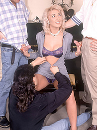 Blonde Elisabeth King Enjoys a messy DP and Piano Session pictures at find-best-lesbians.com