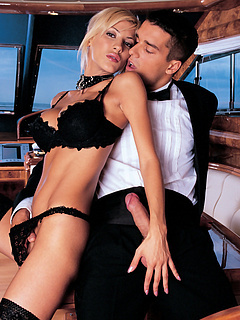 Free Sex on Boat Porn Movies and Free Sex on Boat Sex Pictures