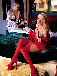 Jamie Brooks & Samantha Bond, Cum Threesome in Their Boudoir pictures at dailyadult.info