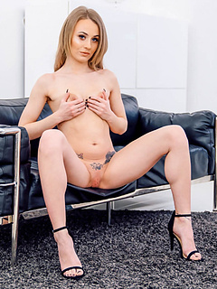 Free High Heels Porn Movies and Free High Heels Sex Pictures