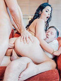 Loren Minardi debuts with a DP and a hot Anal threesome pictures at freekiloclips.com