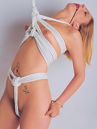 Mia & Madison meet to play games with a rope and some toys pictures at dailyadult.info