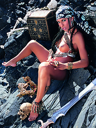 Pirate Presents Gorgeous Ebony Queen Bettina, Wild and DPd pictures at kilogirls.com
