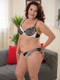 Curvy mature amateur Red Angel gets her hairy older pussy hammered pictures at find-best-lingerie.com
