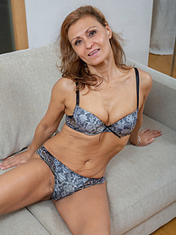 Sexy MILF Drugaya exposes her hairy older pussy pictures at find-best-lingerie.com