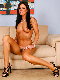 Tall MILF India Summer spreads her gorgeous ass cheeks pictures at freekiloclips.com