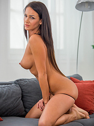 Perky breasted MILF Nia Black shows off her tight asshole pictures at freekilosex.com