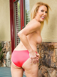 Super horny grandma Erica Lauren strips butt ass naked pictures at freekiloclips.com