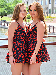 Twins In Style pictures at find-best-hardcore.com