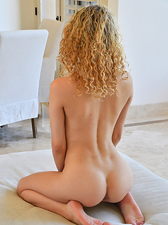 Free Curly Hair Sex Pictures and Free Curly Hair Porn Movies
