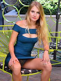 Hottie In The Blue pictures at freekilosex.com