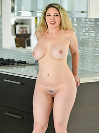 Toy After Toy pictures at find-best-mature.com