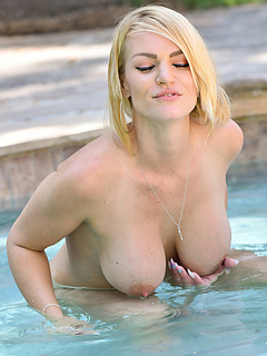 Free Pool Porn Movies and Free Pool Sex Pictures