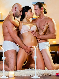 Romantic threesome with Billy, boyfriend and special guest pictures at freekiloclips.com