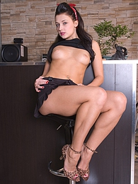 Gorgeous smiling cutie Aletta Ocean shows her natural tits pictures at freekilomovies.com