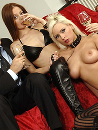 Hot 4 way sex action on the couch pictures at find-best-videos.com