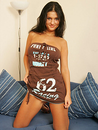 Brunette cutie gets down and dirty for the cameras pictures at dailyadult.info