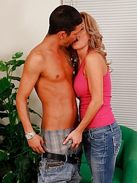 Busty Parker Swayze sucking his big hard cock pictures at kilogirls.com