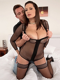 A Cream Injection For A 34DDD Brunette pictures at kilogirls.com