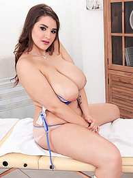 Big, Oiled Tits pictures at kilogirls.com