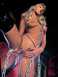Nikky Blond's Fetish Sex Session with Leather and Chains pictures at kilomatures.com