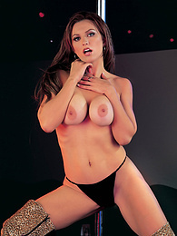 Kelly Steele, Hot Steel Dancer Hungry for Big Meaty Cocks pictures at dailyadult.info