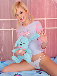 Check out this teens cute ass pictures at dailyadult.info