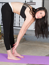 Nina Noxx gets naked after her yoga workout pictures at kilogirls.com