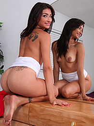 Spunky Latin coed Vanessa Williams toys her twat pictures at freekiloporn.com