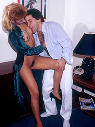 Amateur Babe goes for a wet and wild pussy ride in the office pictures
