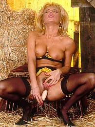 The Single and Amazing Tracy plays with her dildos and fingers pictures at kilovideos.com